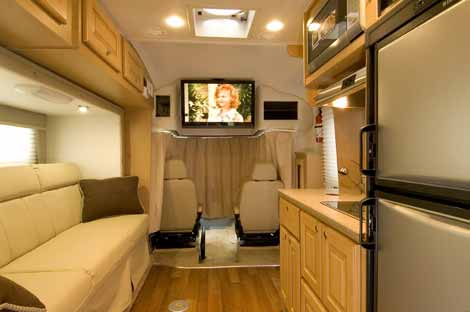 The Sprinter Motorhome A Look At Class C Mercedes Benz
