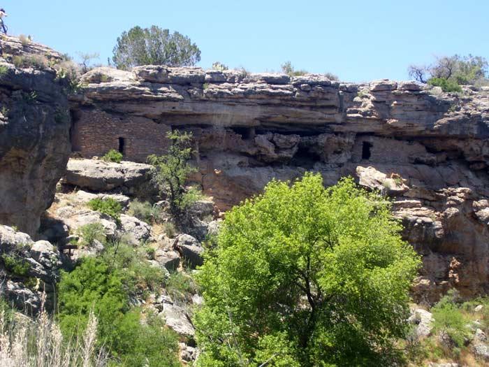Cliff dwellings below the rim of Montezuma Well