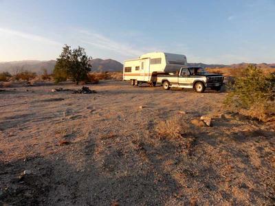 RV Camping next to Joshua Tree National Park
