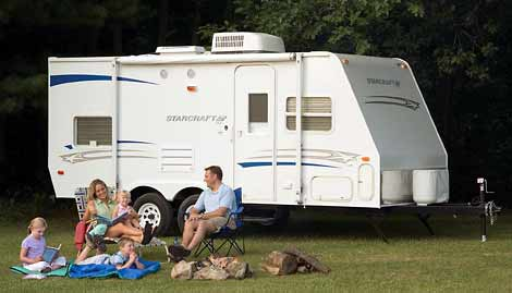 Small RV - Travel Trailer by Starcraft