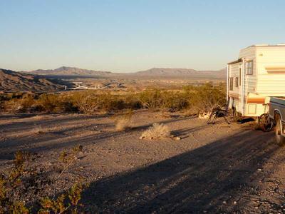 RV Camping above the Colorado River